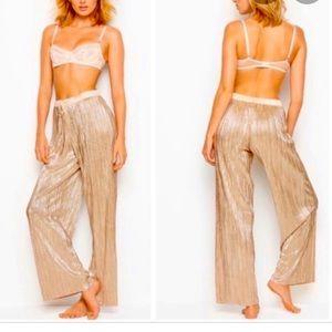 Victoria's Secret Pleated Metallic Gold Pants, L